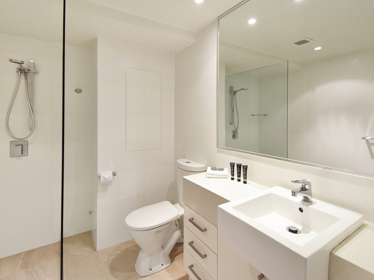 Fairshore Noosa 17 - BathroomFairshore Noosa 17 - Bathroom