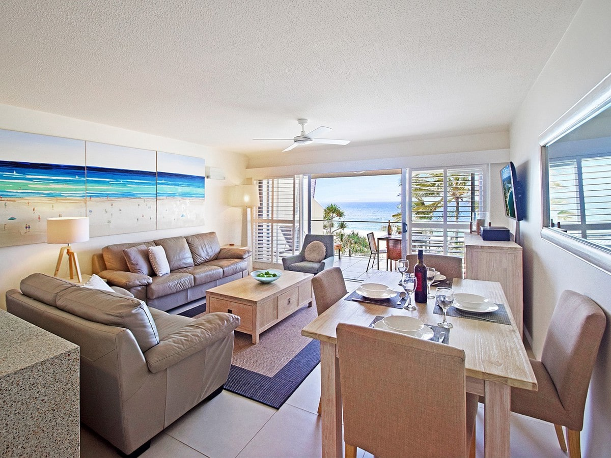 Fairshore Noosa 31 - Living Room