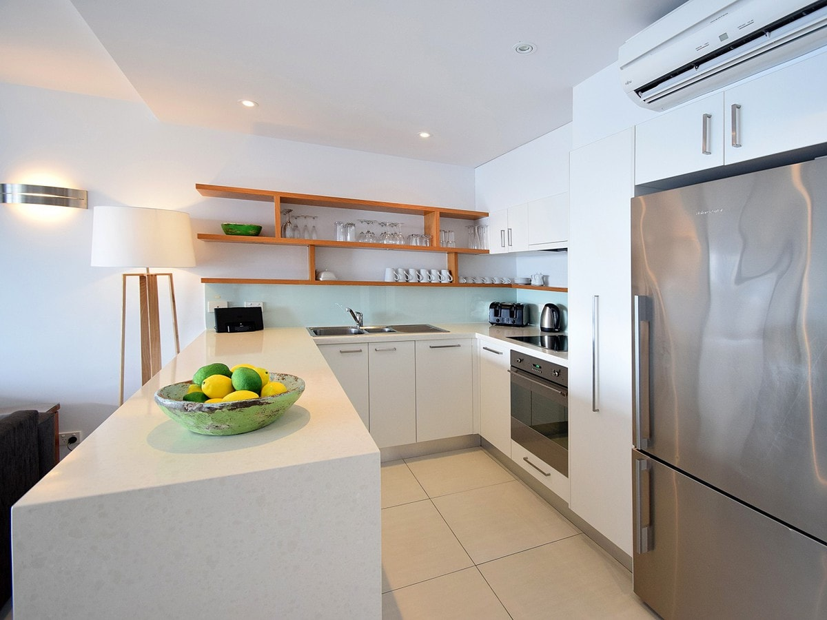 Fairshore Noosa 36 - Kitchen