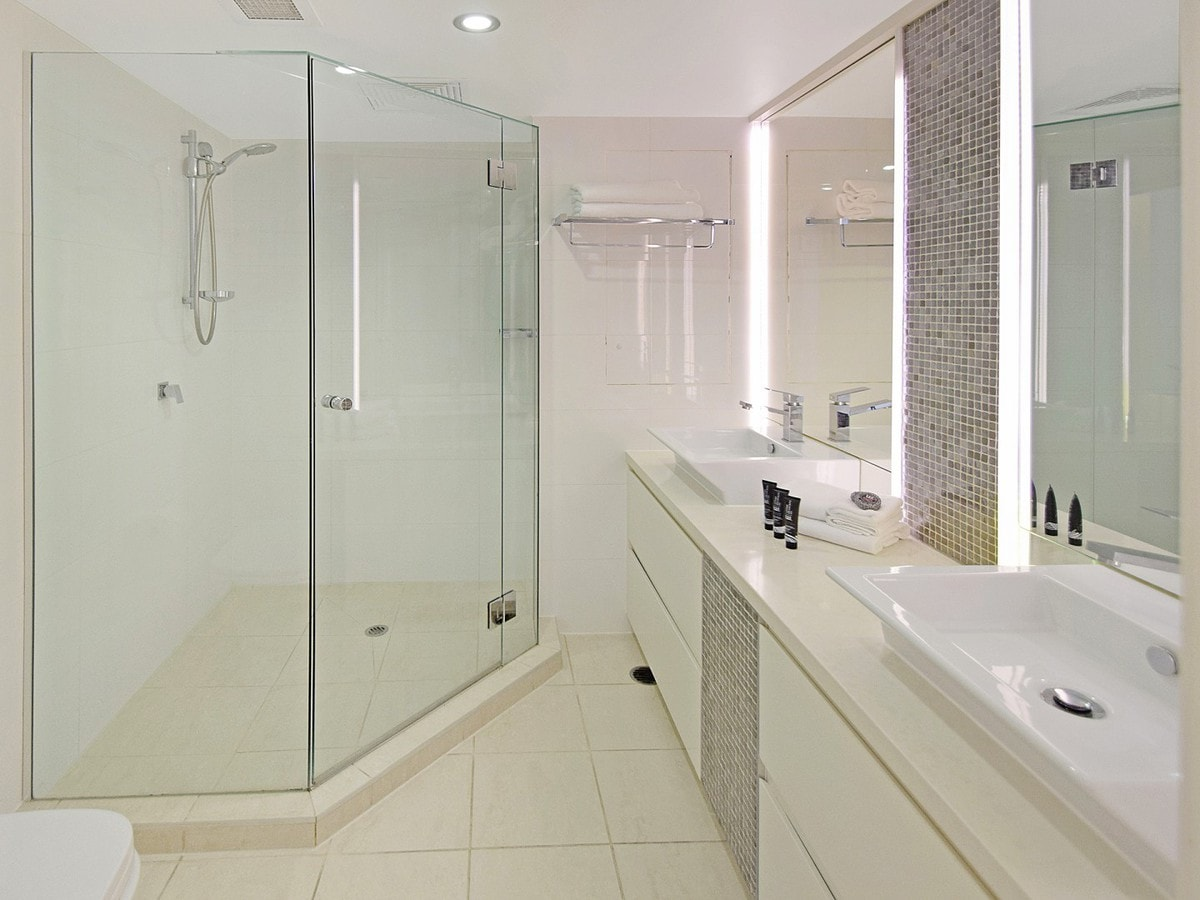 13 Fairshore - Bathroom