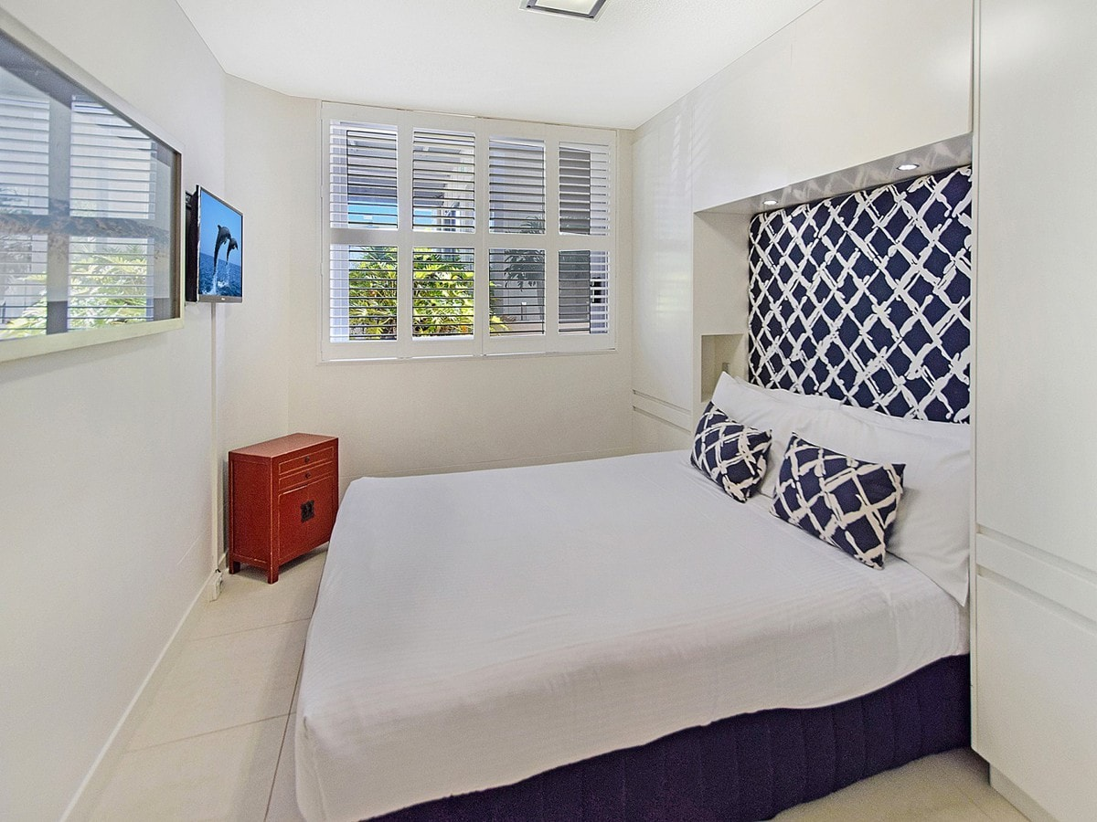 13 Fairshore - Master Bedroom